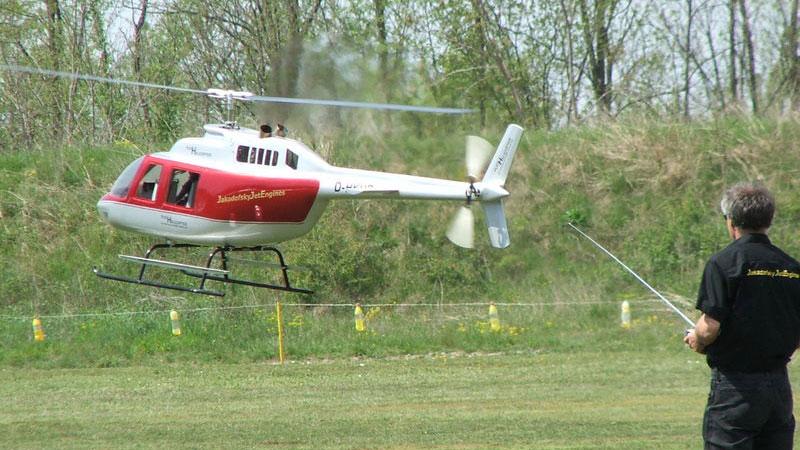 Elicottero Radiocomandato : Elicottero radiocomandato il divertimento all aria aperta